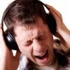 Yüksek sesle müzik dinlemek zararlı mı?