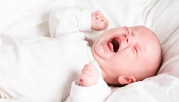 bebeklerde-kolik