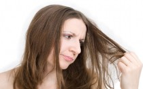 Doğum kontrol ilacı ile saç dökülmesi engellenir mi?